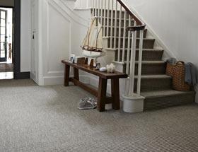 Alles over het bekleden van je trap met tapijt